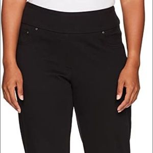RUBY RD Classic Black Casual Pocket Stretch Jeans
